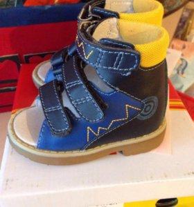 Детские сандали( ортопедические)
