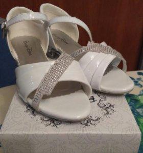 Туфли для девочки р. 32
