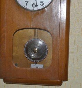 Часы настенные Ходики 2 часовой завод Москва.