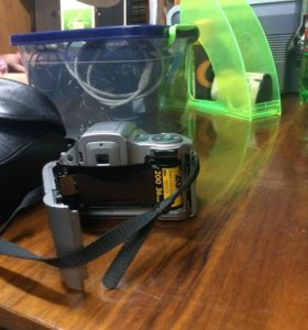 Плёночный фотоаппарат Olympus IS-200