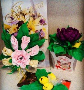 8 марта , подарки, цветы, конфеты.