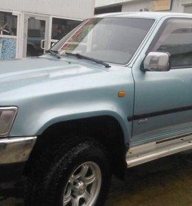 Toyota 4Runner  внедорожник