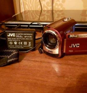 Продам видео камеру!!!JVC GZ-MG330RER