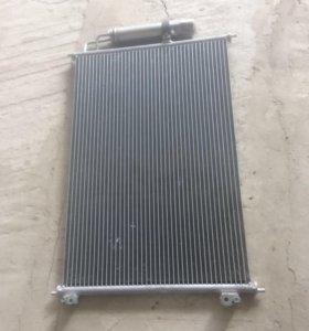 Радиатор кондиционера на Ниссан Теана 2003-2006г