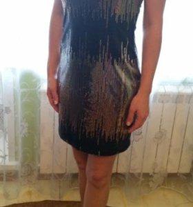 Платье новое в пайетках