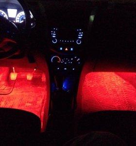 LED освещение салона авто.