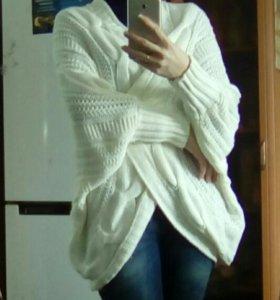 Белый вязаный кардиган