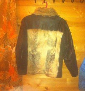 Куртка зимняя мужская Волк . Кожа черная.мех волк