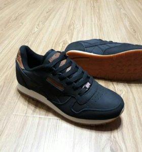 Новый кроссовки Reebok