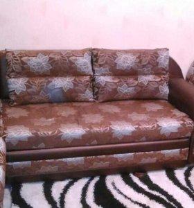 Мягкий уголок с креслам