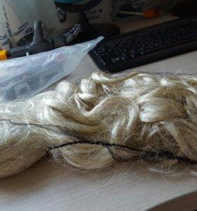 Волосы (шиньон) на заколке