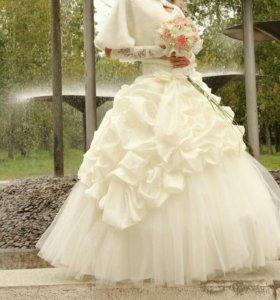 Нежное, красивое свадебное платье