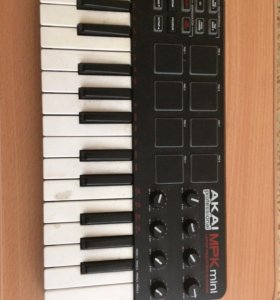 MIDI-клавиатура AKAI mpk mini