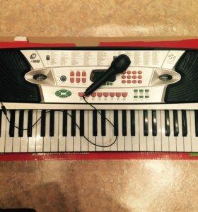 Детский синтезатор (85х35 см)