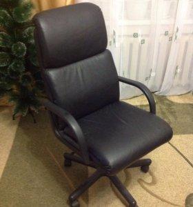 Офисное кресло!
