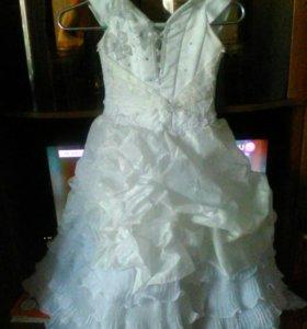 Выпускное платье с накиткой