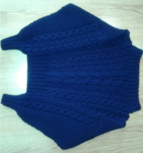 Объемный вязаный свитер в стиле Ruban