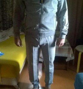 Спортивный костюм мужской новый