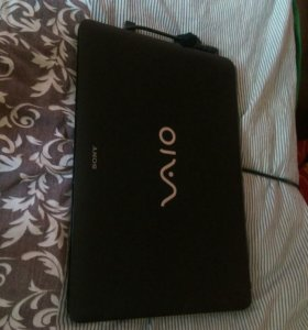 Ноутбук SONY VAIO VPCEL2S1RW