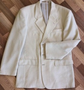 Пиджаки все 3 за 700