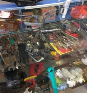 Продам много инструмента, ключи, свёрла, пилы Т.д
