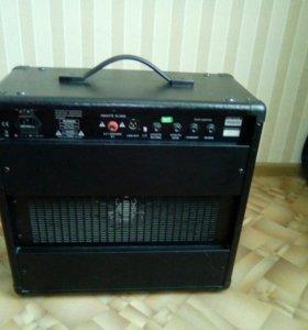 Комбоусилитель randal rg8040