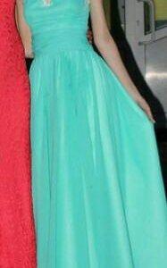 Платье на выпускной/вечернее
