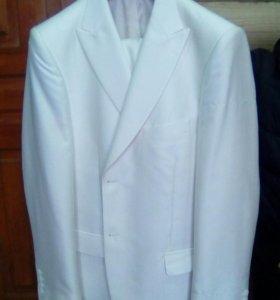 Белый костюм пеплос