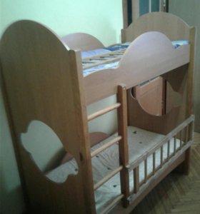 Кровать детская 2х ярусная в нормальном состоянии