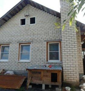 Дом в Жигулёвске в черте города.