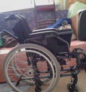 Инвалидное кресло (Wheelchair)