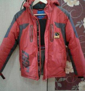 Продам мальчишечьи зимние курточки
