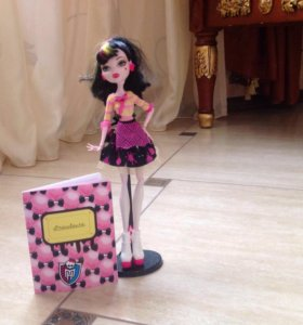 Кукла Monster High Дракулаура