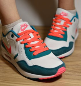 Кроссовки Nike Air Max новые