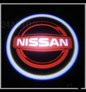 Проектор в дверь Nissan