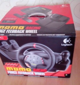 Игровой руль Logitech MOMO racing force feedback