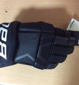 Хоккейные перчатки Bauer s150