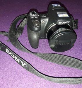 Зеркальный фотоаппарат SONI