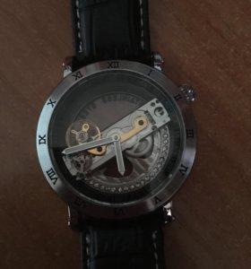 Новые механические часы