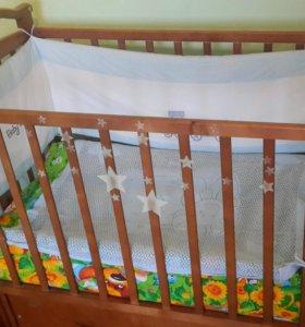 Кровать детская +матрас+комплект белья и подушечка