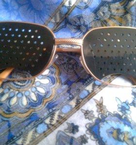 Перфорационные очки тренажер для улучшения зрения