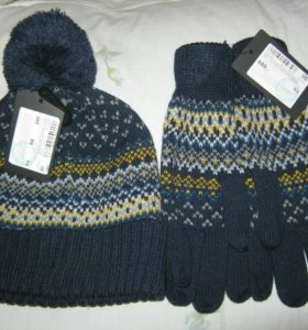 Шапка и перчатки ostin