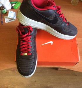 кроссовки Nike оригинал, размер 30,5 см.Евро47