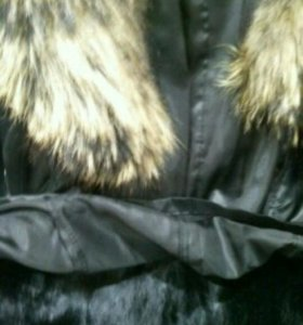 Зимне- осенняя куртка на меху