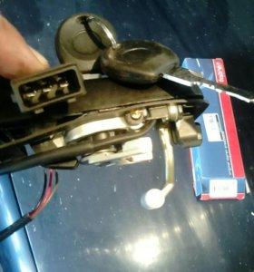 Ручка на фольц левая с ключами
