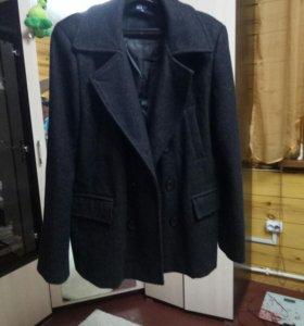 Пальто,отличное состояние