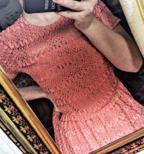 Платье кружевное (новое))
