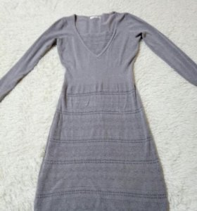 Платье,очень приятное на ощупь