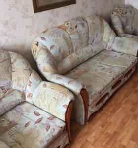 Мягкая мебель (диван +2кресла)
