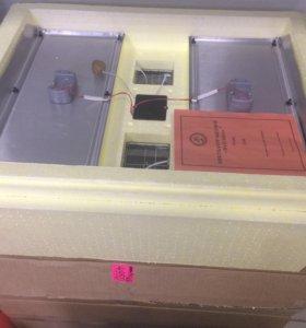 Инкубатор с автоматическим переворотом яиц